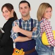 3 young workers with thumbs up
